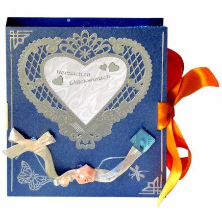 Buchkarte-großes-Herz_01-1